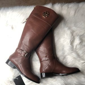 NWT Tory Burch boots size 5
